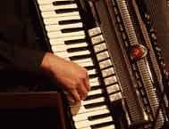 Akkordeonist Michel Biehler - Musette u. Balkan-Musik Akkordeonspieler