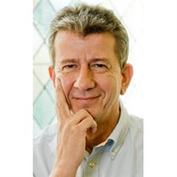 DR. MED. NIKOLAUS PETER HÖLLEN